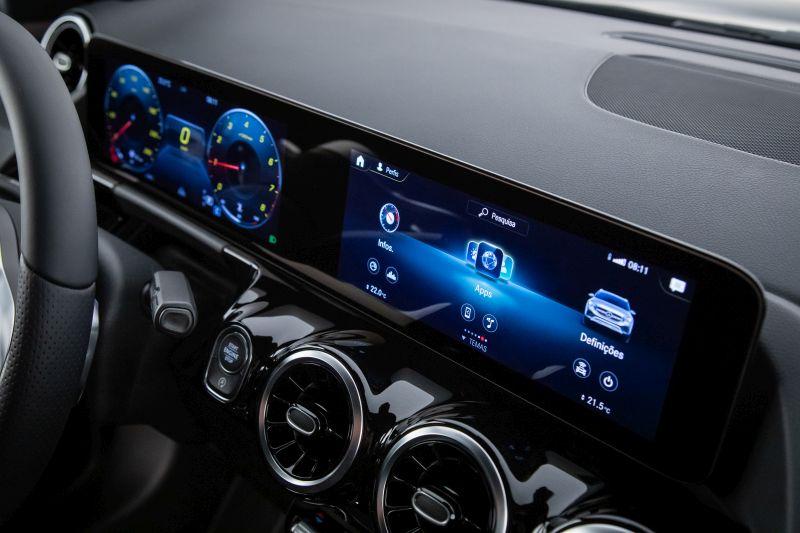 Mercedes-Benz inicia pré-venda do novo GLA - Foto: Divulgação/Daimler/Garagem 360/ND