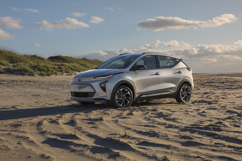 Chevrolet revela novo visual do Bolt e lança SUV do elétrico - Divulgação/Chevrolet