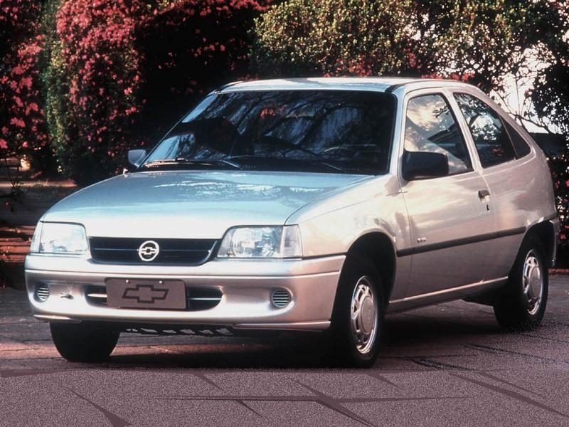 Chevrolet Kadett GLS 1998 - R$ 9.500 - Foto: Divulgação/Chevrolet /Garagem 360/ND