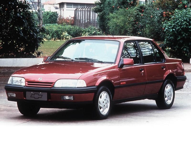 Chevrolet Monza GLS 1996 - R$ 6.900 - Foto: Divulgação/Chevrolet /Garagem 360/ND
