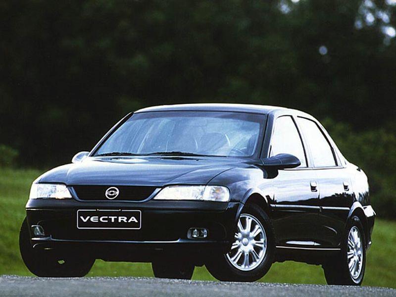 Chevrolet Vectra CD 1999 - R$ 10.500 - Foto: Divulgação/Chevrolet /Garagem 360/ND