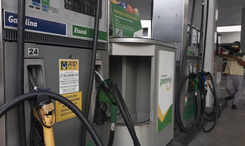 Consumidores reclamam em meio à alta dos preços da gasolina em Florianópolis – Foto: Fernando Frazão/Agência Brasil/ND