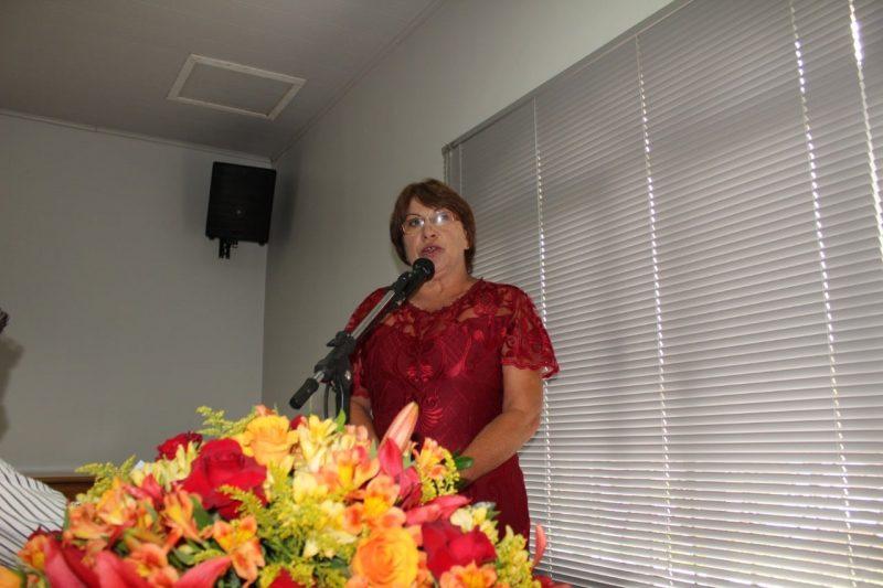 Alice Grosskopf é a primeira mulher a comandar a prefeitura de Campo Alegre e tem como referência o sogro, de quem já foi vice – Foto: Divulgação/ND