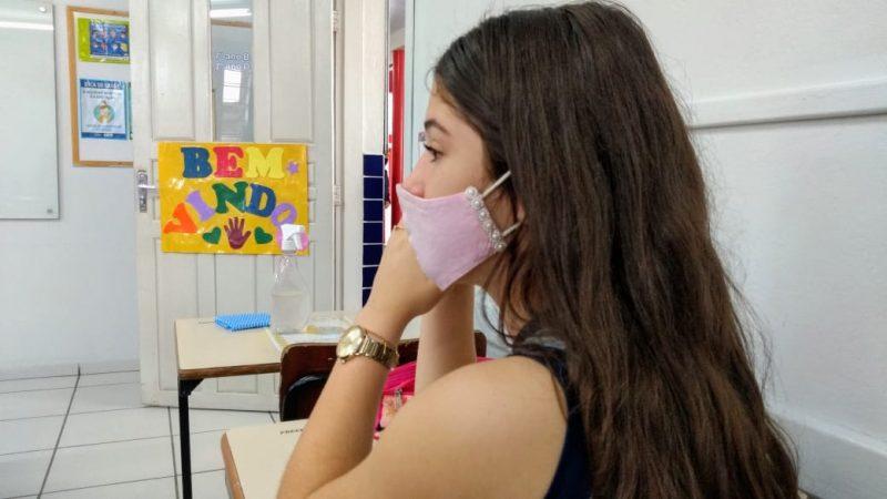 O uso de máscara é obrigatório aos alunos e professores – Foto: Jonathan Rocha/NDTV