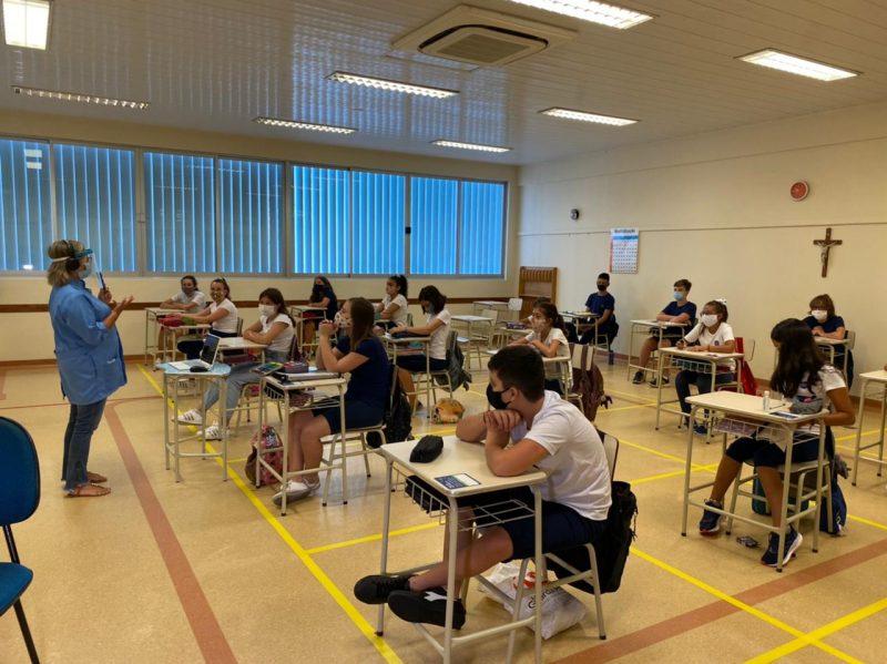 Escolas particulares retomam aulas presenciais nesta segunda-feira com novas regras (8) – Foto: Maria Fernanda Salinet/ND