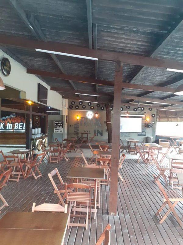 Deck do bar antes da confusão entre inquilino e proprietário – Foto: Reprodução ND