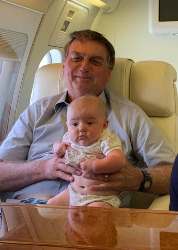 Durante a viagem, diversos registros dos momentos entre Geórgia e Bolsonaro – Foto: Reprodução/Redes Sociais