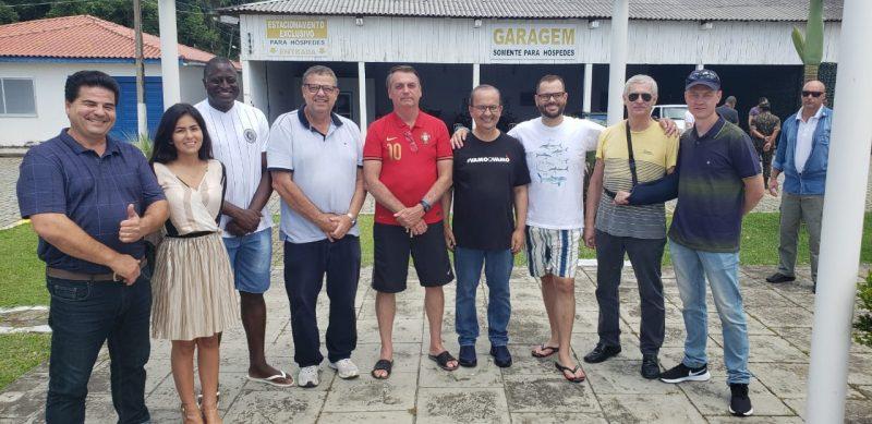 Bolsonaro se encontrou com lideranças políticas em almoço no domingo – Foto: Divulgação/ND