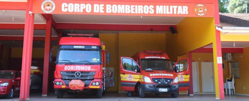 Corpo de Bombeiros precisou o idoso com ferimento grave na mão – Foto: Aliança FM/Arquivo/ND