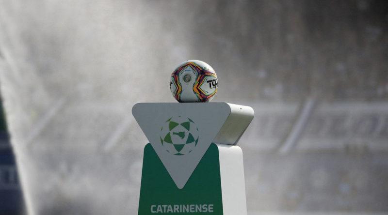 Campeonato catarinense está manchado pelo tapetão. Uma pena. – Foto: Leonardo Hübbe/CA Tubarão