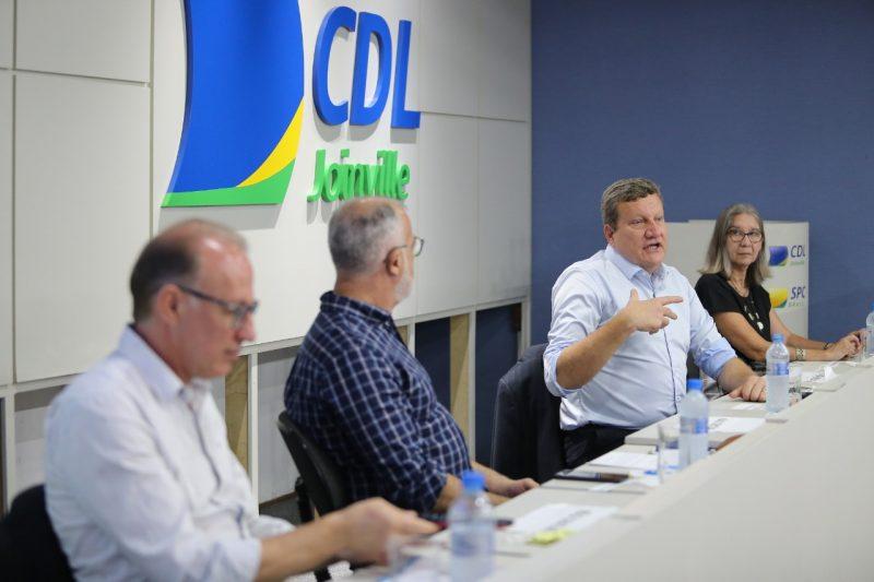 Entidades e autoridades apresentaram reivindicações joinvilenses a Luciano Buligon, que visitou Joinville na quinta-feira (18) – Foto: Divulgação/ND