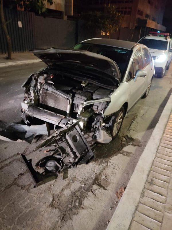Carro que teria atropelado Jeane foi encontrado abandonado no Centro de BC – Foto: Guarda Municipal BC/Divulgação