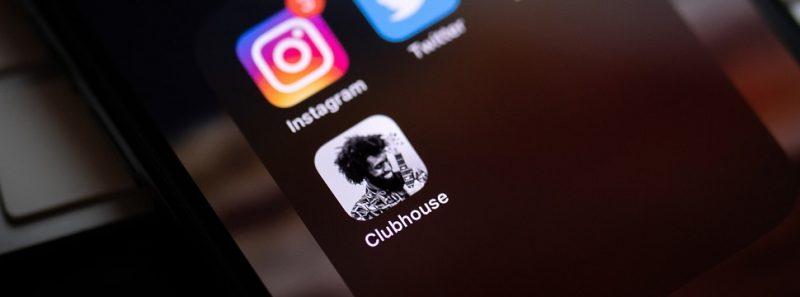 Clubhouse: entenda como funciona a rede social exclusiva para áudios - William Krause on Unsplash