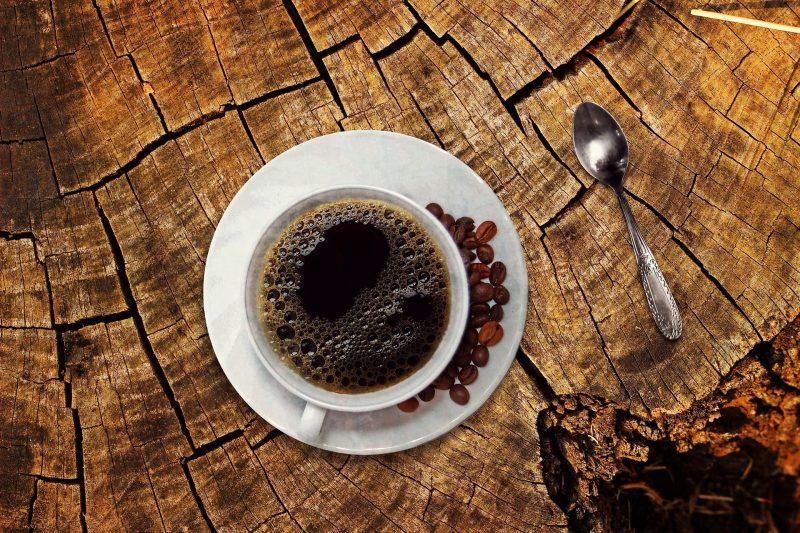 Segundo pesquisa, quem toma pelo menos duas xícaras de café por dia apresentou risco 30% menor para a doença – Foto: Pixabay/Divulgação/ND