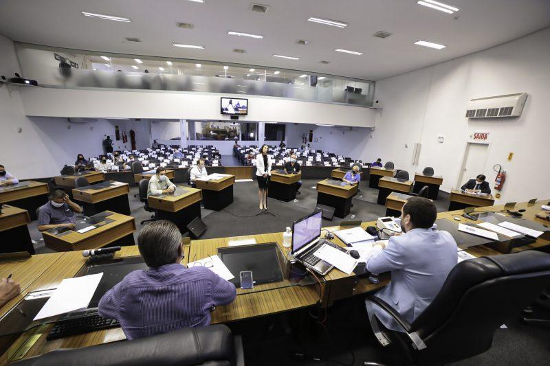 Acareação ouviu servidores da época da criação do projeto – Foto: Mauro Artur Schlieck/ND
