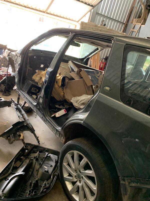 Um dos suspeitos foi baleado durante a abordagem – Foto: Polícia Militar/Divulgação