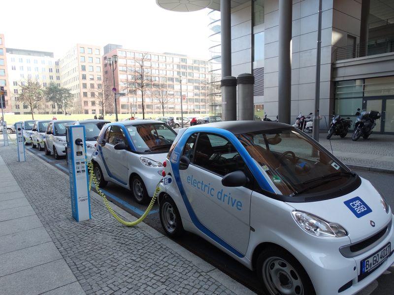 Artigo: Biden incentiva veículos elétricos - Foto: Pixabay