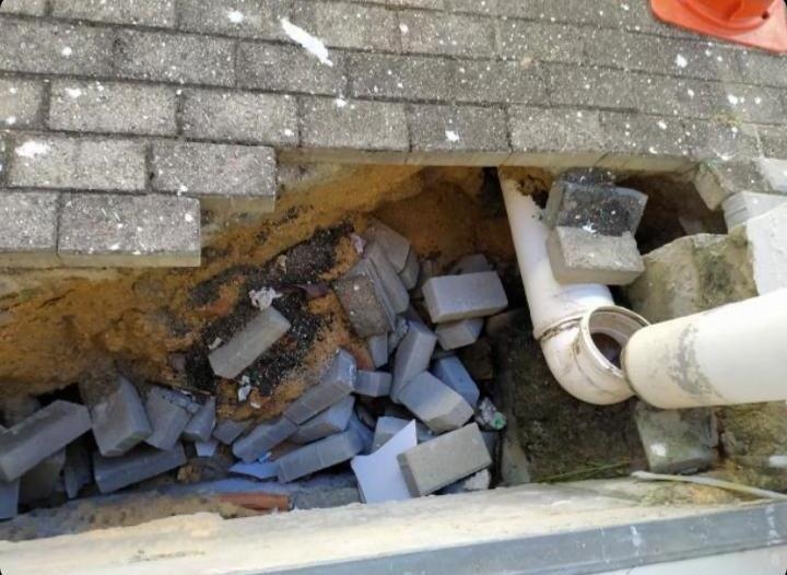 Estrutura danificada na EEB Júlio da Costa Neves coloca em risco alunos e servidores – Foto: Divulgação/ND