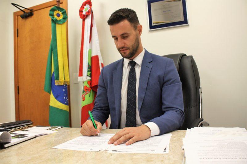 Deputado Felipe Estevão – Foto: Divulgação/Agência Alesc