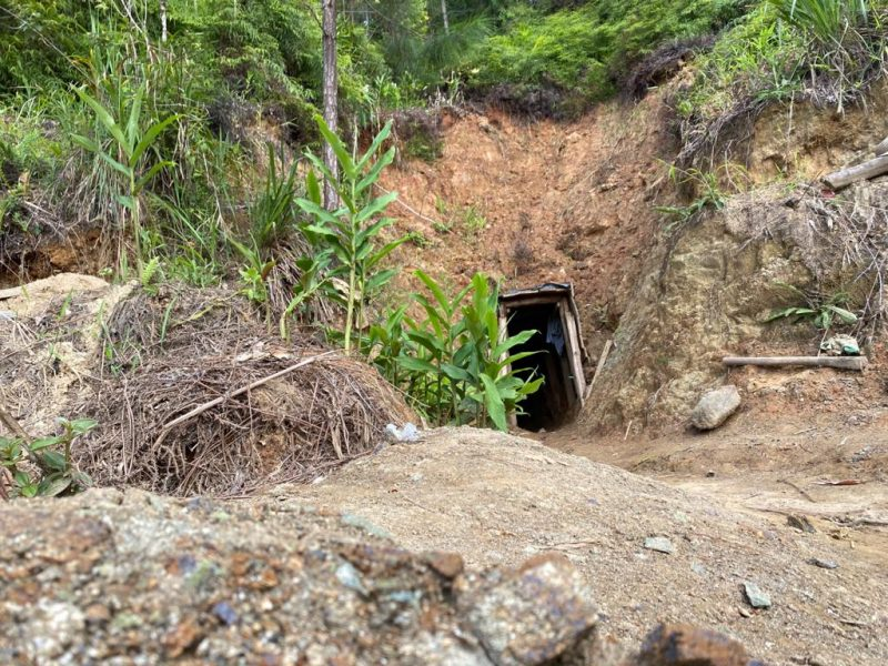 Polícia Ambiental abre garimpo ilegal descoberto no Vale do Itajaí – Foto: Moisés Stucker/NDTV