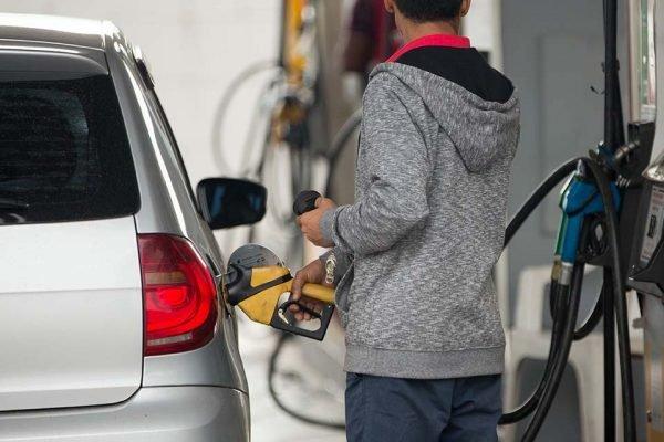 Petrobras aumenta preço da gasolina – Foto: Rafaela Felicciano/Metrópoles
