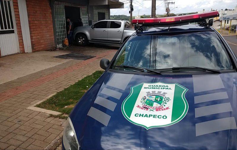 A oficina foi lacrada pela Guarda Municipal. – Foto: Guarda Municipal/Divulgação