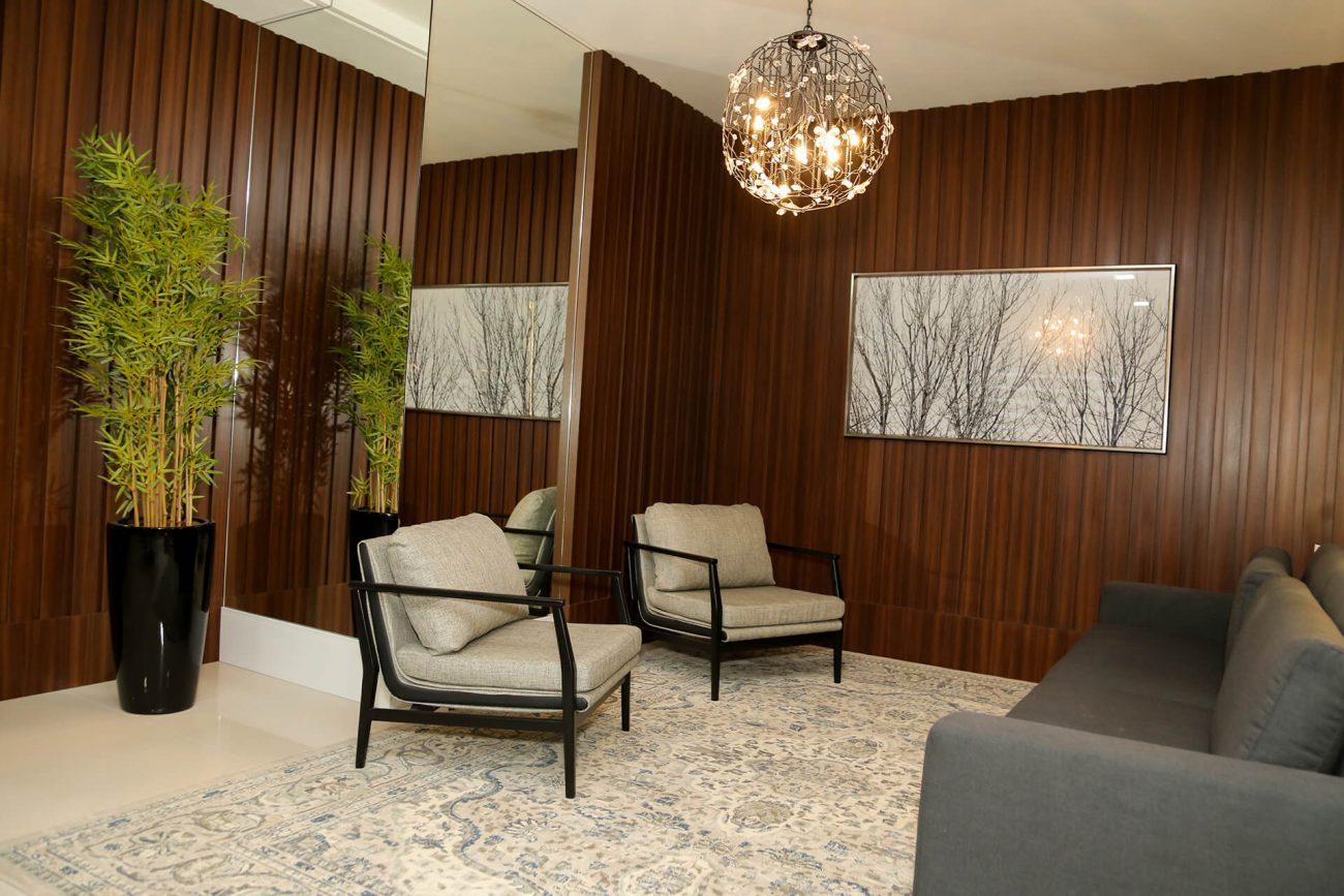 Hall do salão de festas do residencial Millenium Palace, em São José - AM Construções/Divulgação