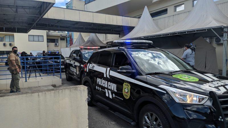 O policial já está recuperado e voltou à atividade. Seu agostinho foi resgatado do cativeiro em que se encontrava e também atendido no Hospital São José – Foto: Juan Todescatt