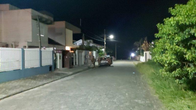Vítima foi morta a tiros na frente de casa – Foto: Polícia Militar/Divulgação