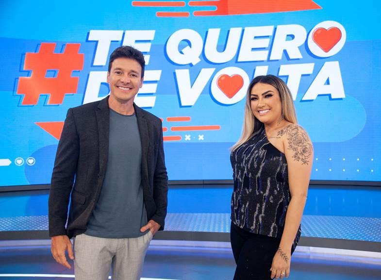 Rodrigo Faro comanda a atração – Foto: Divulgação Record TV