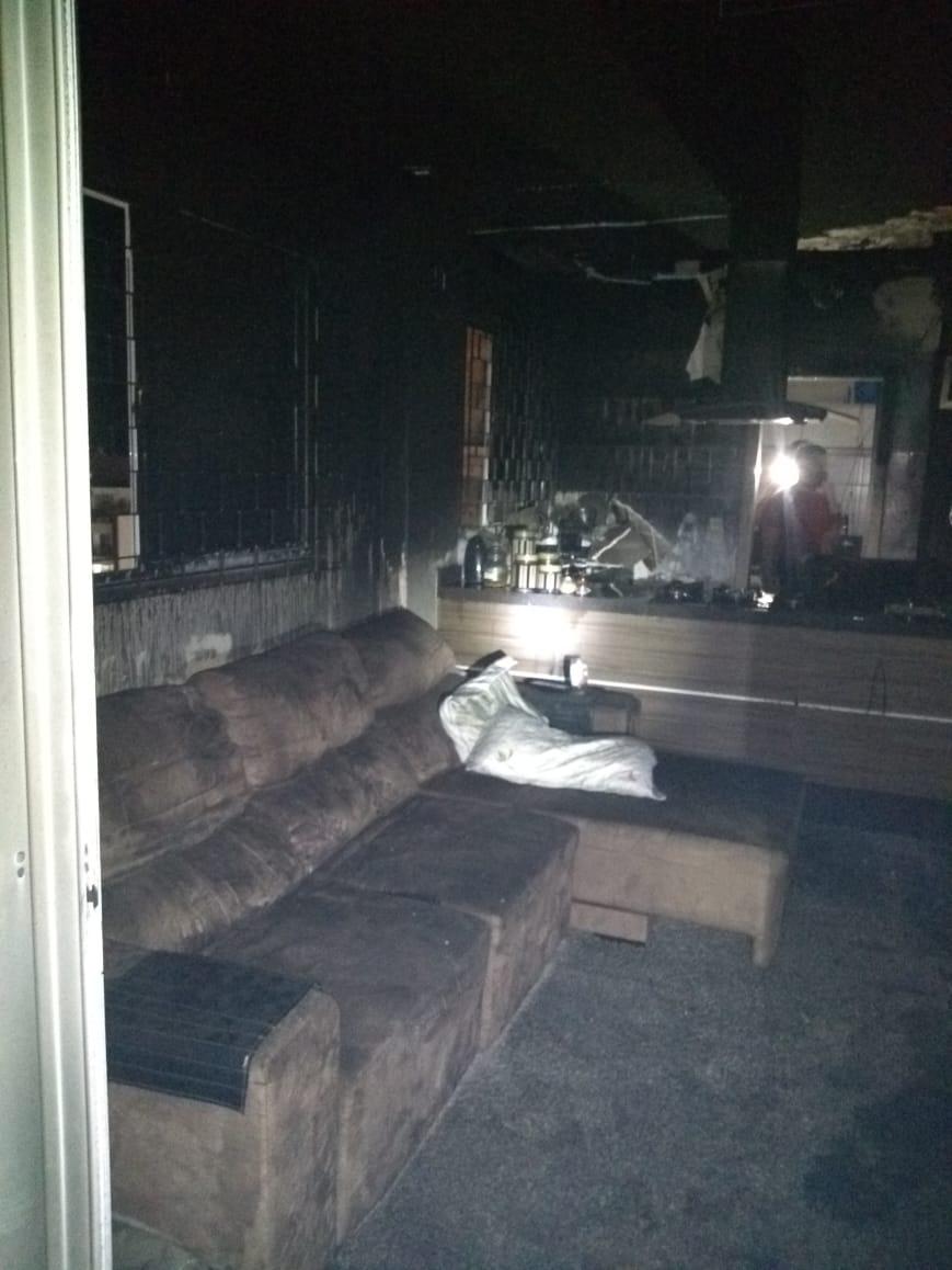 Ninguém ficou ferido no incêndio - CBMSC/Divulgação/ND