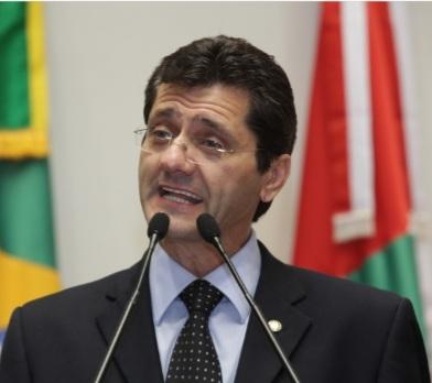 Jailson Lima, consultor de saúde da FECAM, coordena levantamento sobre a vacinação em SC