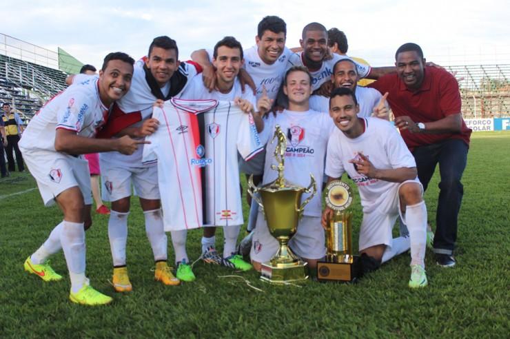 JEC campeão nacional em 2014, na Série B: um dos maiores de SC – Foto: JEC/Divulgação/ND