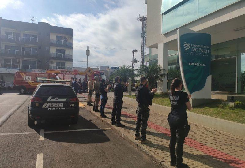 Homenagem em frente ao hospital de Xanxerê aconteceu nesta manha de quinta-feira (25) – Foto: Lance Notícias/Divulgação