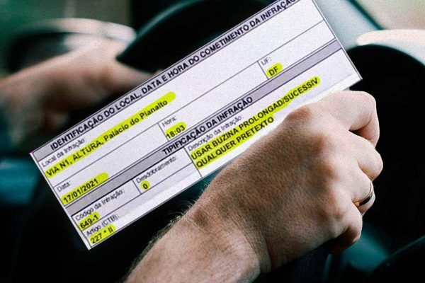 Motorista é multada em protesto