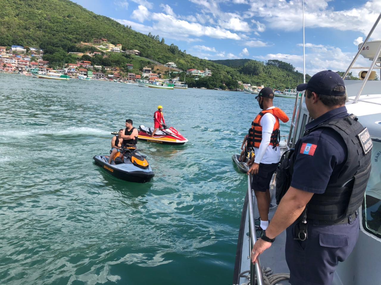 Operação teve a participação ainda de agentes da Polícia Civil de Itapema e Bombinhas - Polícia Civil/Divulgação