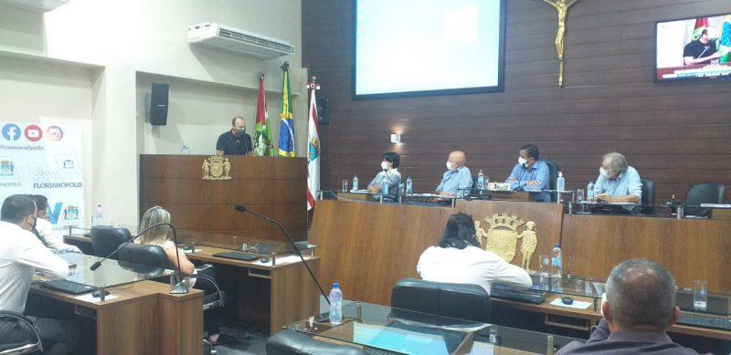 Câmara de Florianópolis reuniu moradores e Casan, nesta segunda-feira (8), para discutir o desastre ambiental na Lagoa da Conceição – Foto: Divulgação/ND