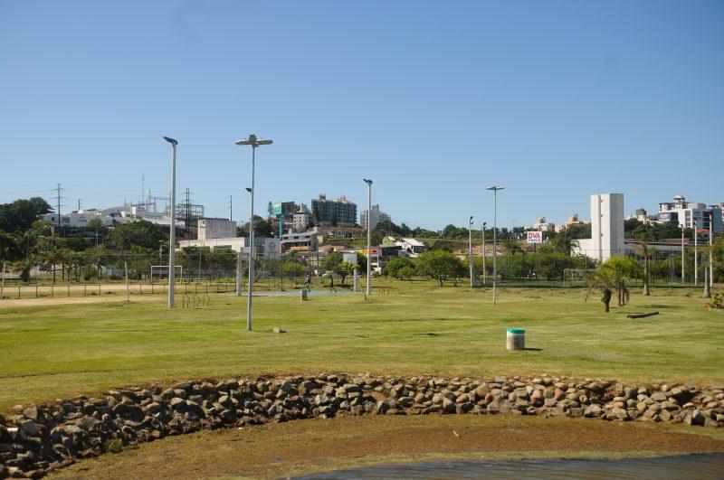 Após denúncia feita pela reportagem do ND+, publicada nesta segunda-feira (15), o Parque de Coqueiros, na região Continental de Florianópolis, passou por melhorias – Foto: Leo Munhoz/ND