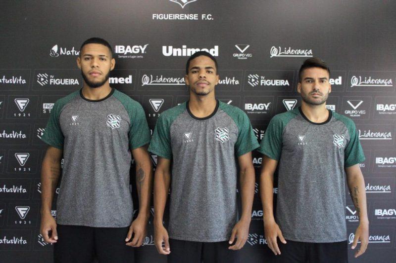 Alvinegro anunciou a contratação de três reforços nesta sexta (5) – Foto: Patrick Floriani/FFC