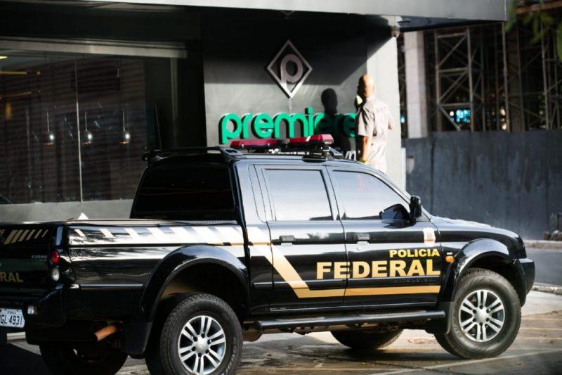 Polícia Federal faz buscas