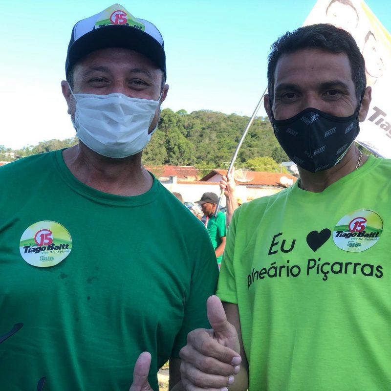 Prefeito Tiago Baltt e vice, Dr. Fabiano, durante a campanha. – Foto: Tiago Baltt/Reprodução/Facebook