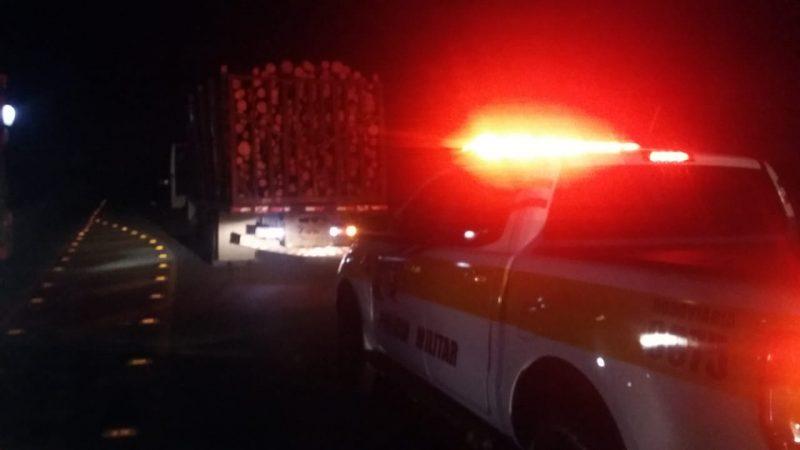Motociclista de 18 anos morre após colidir com caminhão em Curitibanos
