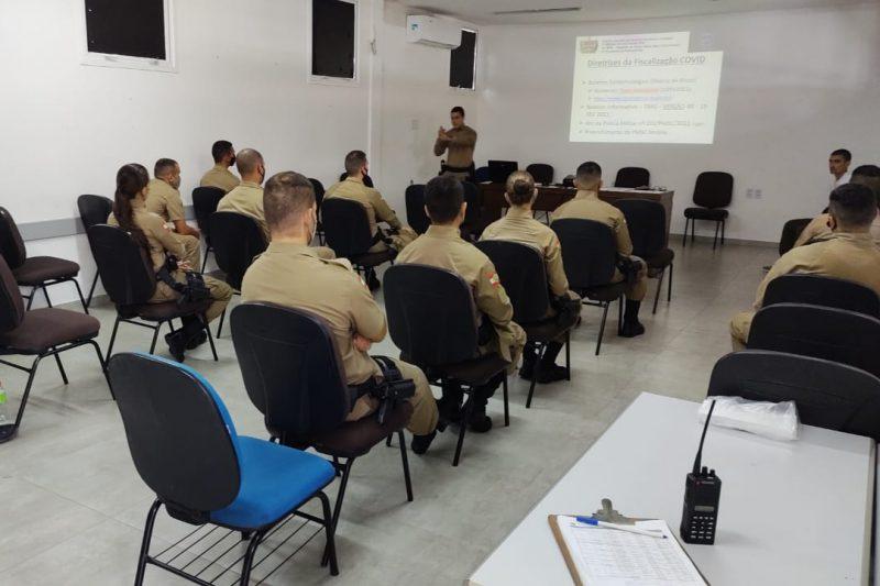 Blumenau recebe 12 novos policiais para fiscalizar decreto contra a Covid-19 – Foto: Divulgação/Polícia Militar de Blumenau