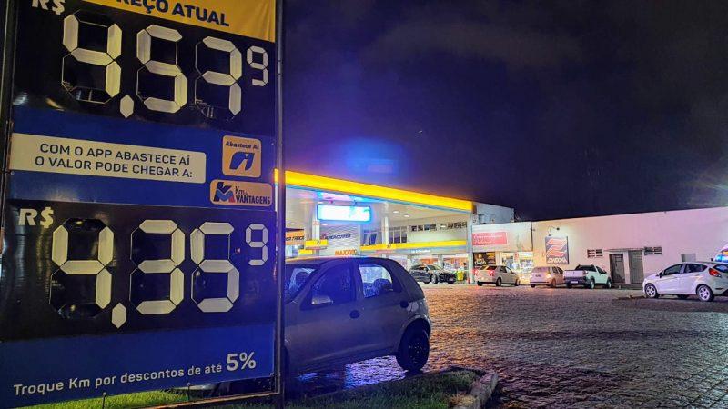 Aumento dos combustíveis já é sentido nos postos de Joinville – Foto: Jean Balbinott/Divulgação