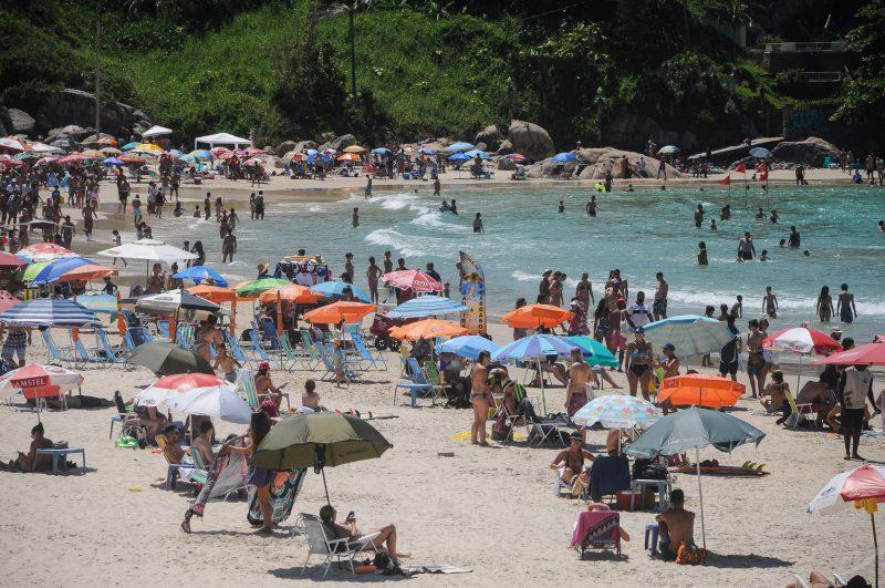 Praia da Joaquina costuma atrair muitos turistas, em Florianópolis – Foto: Leo Munhoz/ND