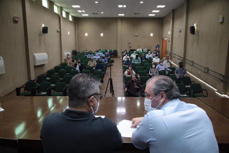 Reunião aconteceu na sede da Prefeitura de Chapecó – Foto: Leandro Schmidt/ND