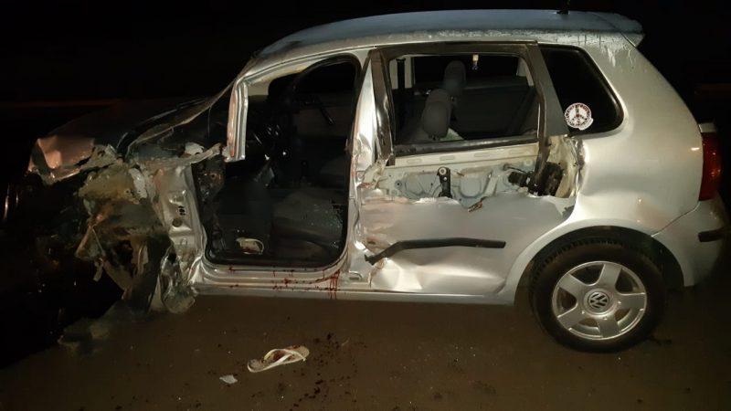 Lateral do carro ficou destruída – Foto: PRF/ND