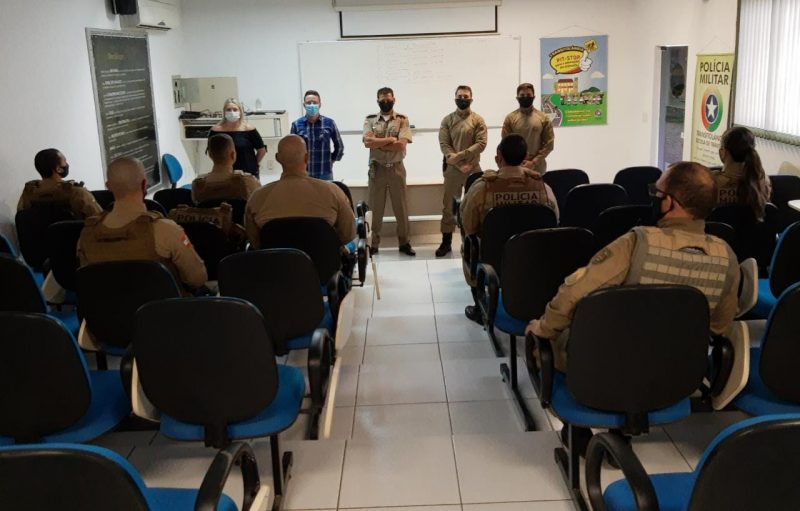 Brusque recebe oito policiais para fiscalização de medidas sanitárias – Foto: PM Brusque/Divulgação