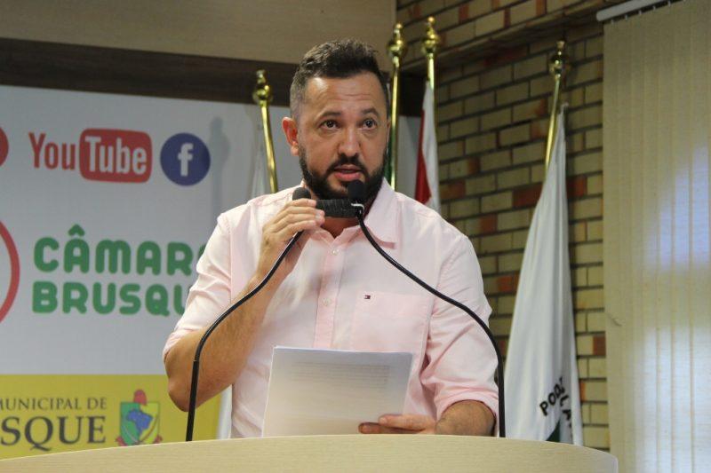 Vereador Rick Zanata é processado por abuso de poder econômico em ação movida por um advogado – Foto: Câmara de Vereadores de Brusque/Divulgação/ND