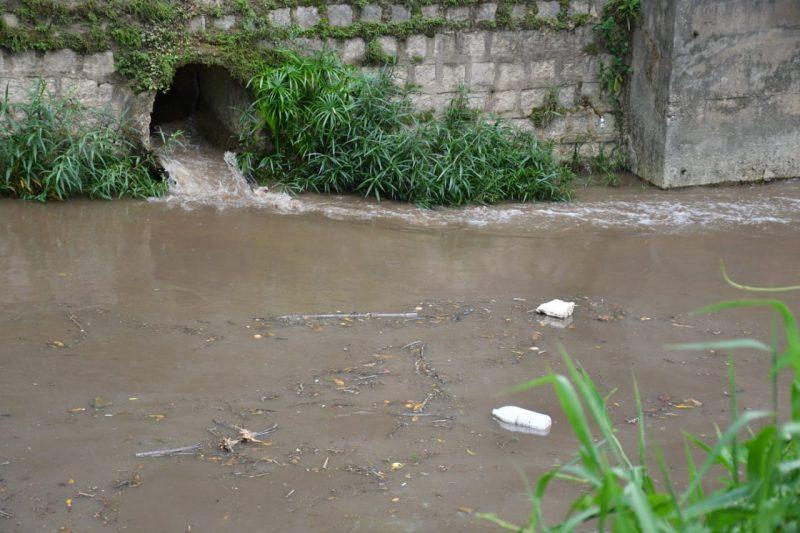 Indicadores de atendimento urbano de esgotos também são baixos – Foto: Salmo Duarte/ND